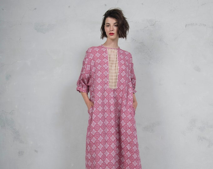 RHEA cherry red pure woven linen caftan. Side pockets. Oversized loose fit. ONE SIZE luxurious patterned linen. *Lux collection*