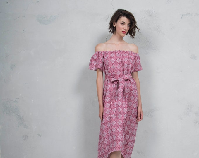 SAVANAH cherry red woven linen with pattern.  ONE SIZE. Quality linen dress. *Lux collection*