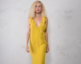 LAVIE dress. CURRY color. Pre washed pure linen. Tie shoulders midi dress with cotton lace hem.