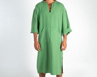 CLASSICO MIDI. Roman green pure linen tunic for men. Simple, contemporary, comfortable design with front pocket.Softened fabric.