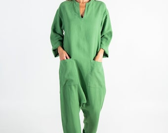 Linen overall for women green. KYOTO.  Roman GREEN linen overall. Front pockets. OVERSIZED