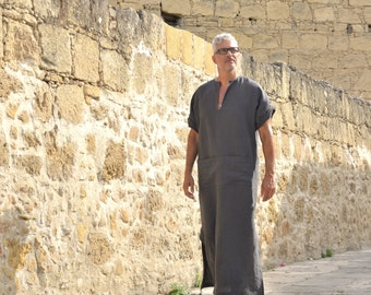 CLASSICO. Black men's pure linen tunic. Pre washed linen caftan with pocket, short sleeved for men.