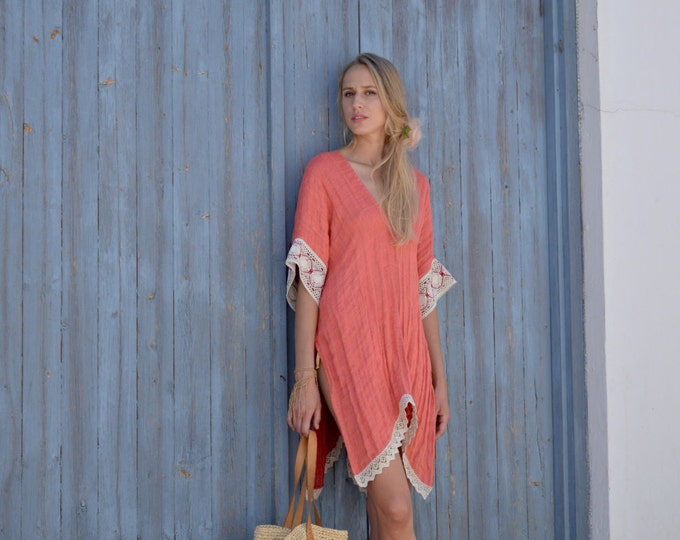 JULIE short poncho. Coral red women's tunic. Pure linen swimsuit cover-up. Ultra soft fabric. Cotton lace.