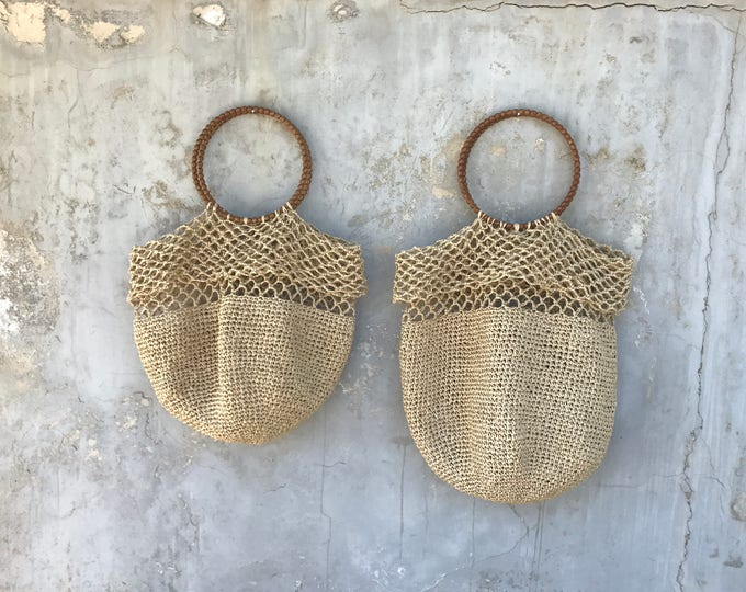 NATURAL COLOR RAFFIA Bag. Hand knitted natural straw bag. Two sizes available.