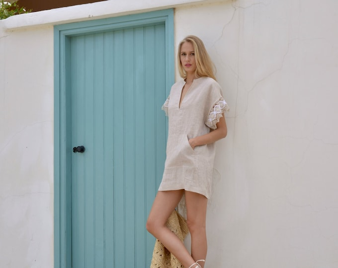 MARGOT mini powder pink kaftan. Pre washed linen dress with pure cotton lace sleeves.