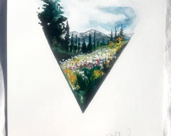 Triangle mountain print