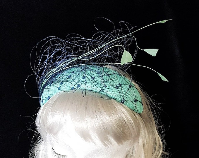 Free DHL upgrade! Aqua Green & Blue Fascinator Hat Feathers Unique Headpiece Cocktail Hat Mother Bride Groom Wedding Millinery Headband JCN