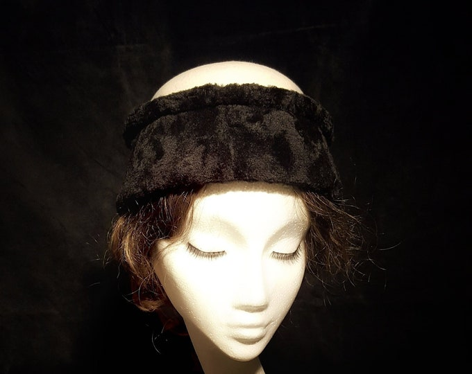 Free DHL upgrade! Black & White Cloche Hat Fake Fur Unique Hat Evening Event Kate Middleton Church Hat Millinery Cocktail Xmas Gift JCN