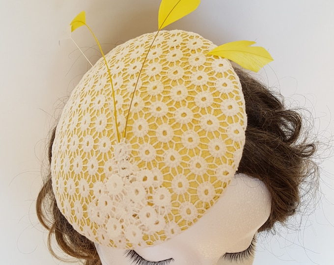 Free DHL upgrade! Yellow White Ivory Hat Feathers Unique Gift Ideas for her Kate Middleton Hat Occasion Hat Church Wedding Fascinator JCN