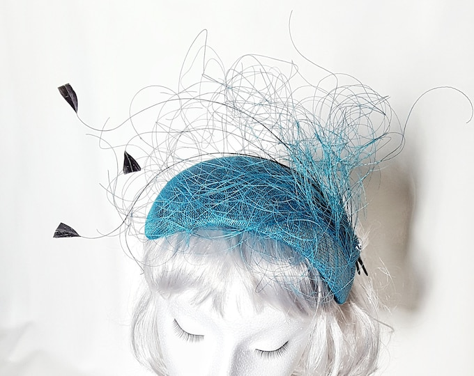 Free DHL upgrade! Teal Blue Green Fascinator Hat Feathers Unique Headpiece Cocktail Hat Mother Bride Groom Wedding Millinery Headband JCN