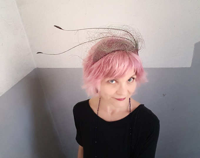 Feather Headpiece, Pink Green Fascinator, Mother of the Bride Hat, Wedding Guest Hat, Wedding Headpiece, Fascinator, Millinery Couture, JCN