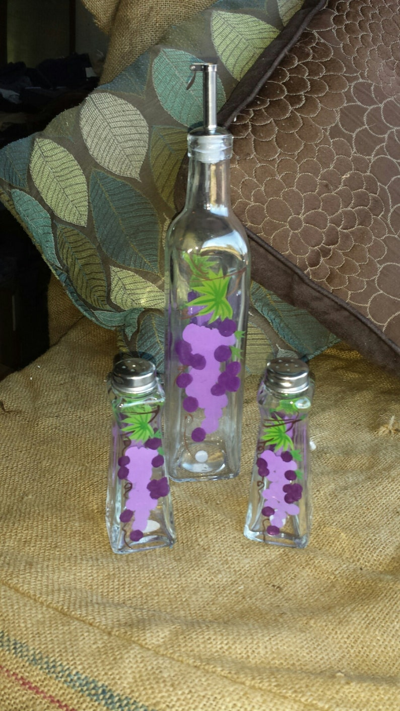 Hand Painted Glass Grape Salt and Pepper Shakers Accessories Purple Decor Gift Olive Oil Dispenser Bottle Matching Set of 3 Wine Decor
