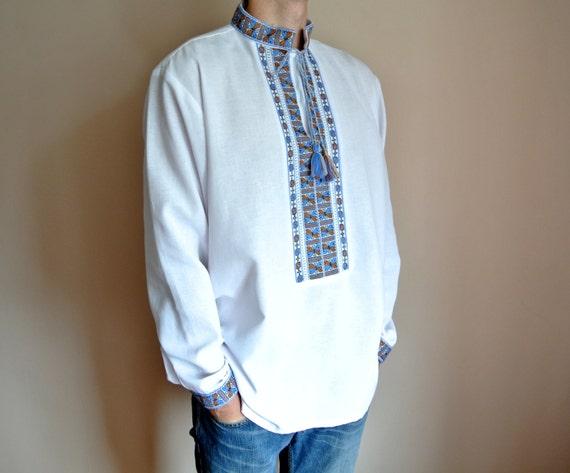 White mens vyshyvanka Handmade Ukrainian shirt Ukrainian wedding shirt White linen shirt Vyshivanka zmEGEs