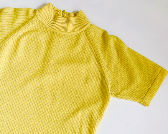 70s Mock Neck Raglan Shirt• Large•