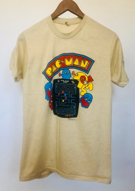 80s Pac Man Graphic Tee ~ medium