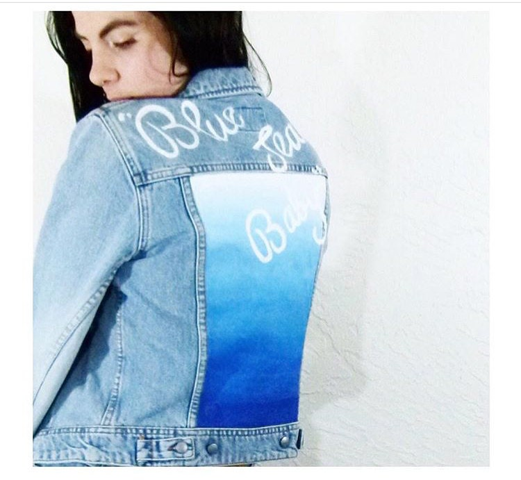 1b21a6b1a12e 90s Blue Jean Baby Gradient Blue Light Wash Denim Jacket  Grunge ...