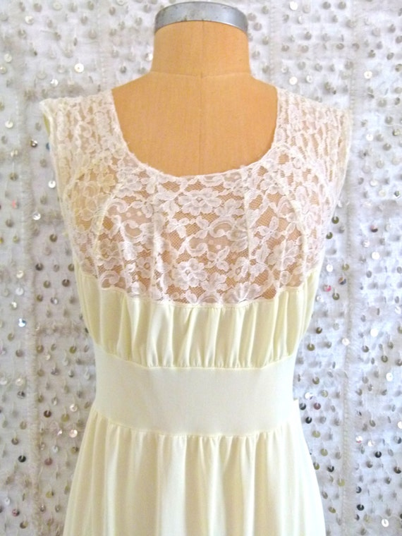 60s Sweetest Dreams Night Gown - Vintage- S/M