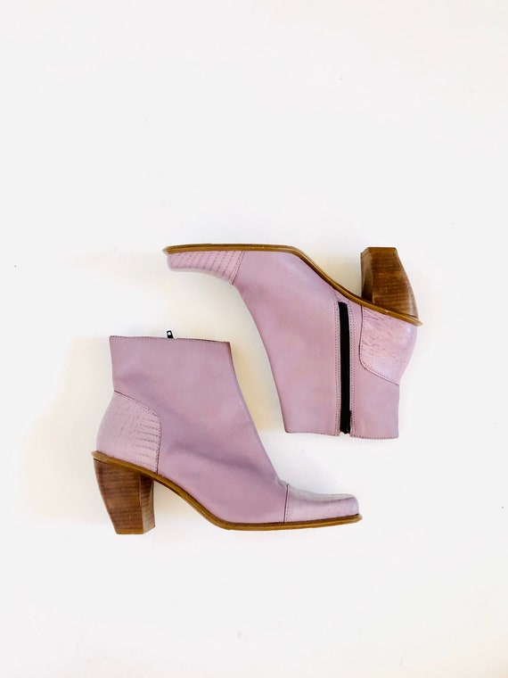 90s Lavender Boot •6'• leather