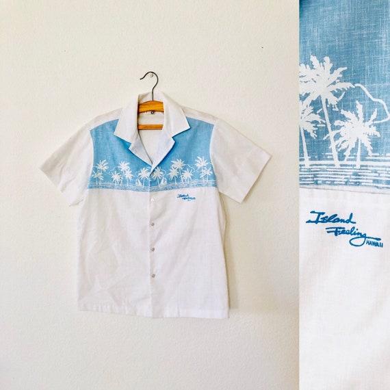 """70s Hawaiian """"Island Feeling"""" Button up"""