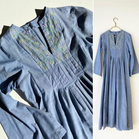 70s embroidered dress• medium•