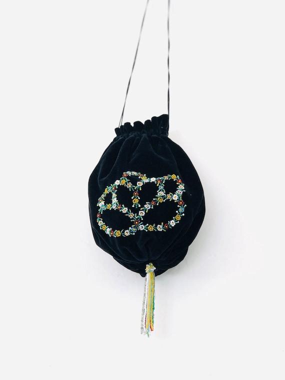 VTg Jawstring Green Velvet Evening Bag • beaded•