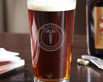 Medical Arts Personalized Pint Glass - Handsome Gifts for Doctors and Nurses - Gifts for Graduation, Birthday, or Retirement