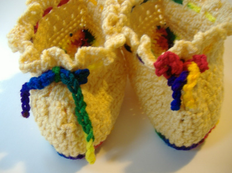 Crocheted Cream-colored Slippers with Bright Bottom Soft Slippers Size 7 Slippers Washable Slippers Womens Slippers Gift for Her