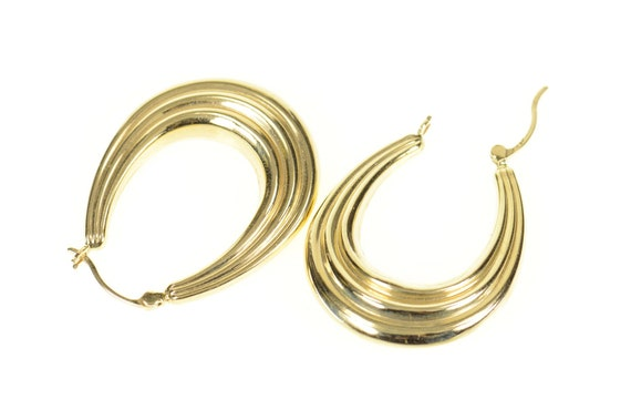 14K Grooved Scalloped Oval Statement Hoop Earring… - image 2
