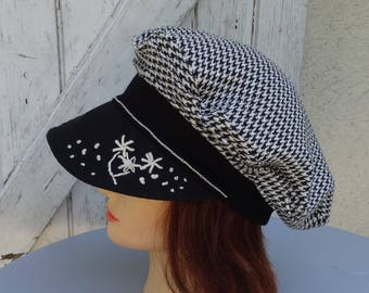 Hat woman in cotton jersey black and white chicken foot - size 56-57