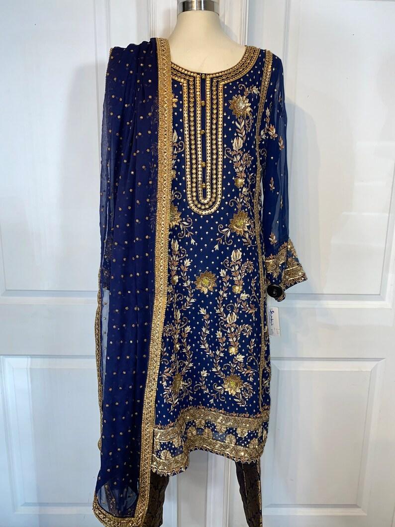 Navy Blue chiffon 3 piece suit / Shalwar Kameeze  Punjabi image 0