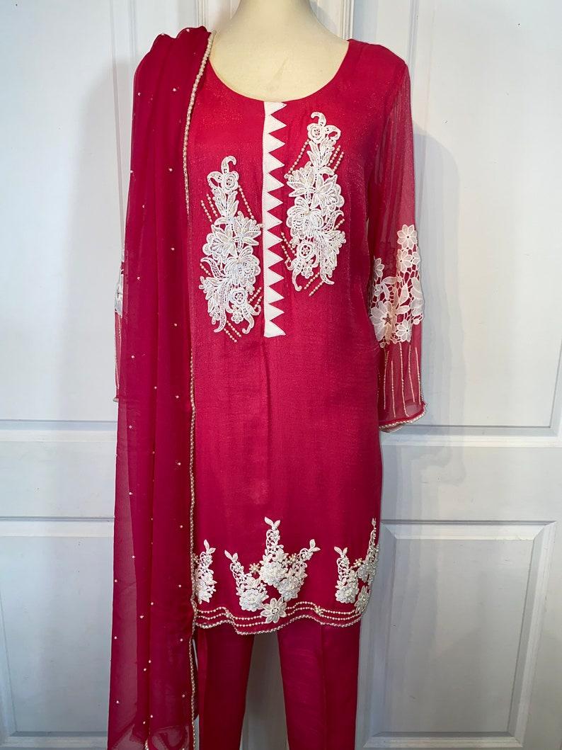 Pink chiffon 3 piece suit / Shalwar Kameeze  Punjabi suit image 0