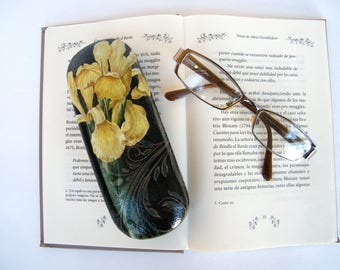 Iris Hard eyeglasses case, glasses protector, women spectacle case, reading glasses holder, bag and purse item , OOAK gift for mom, sister