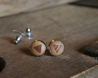 1 pair wooden earrings wood with triangle mahogany inlaid 10 mm with nut