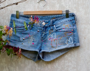 b463aa71 Denim shorts recycled MANGO JEANS, ultra short shorts, skinny shorts, heart  design