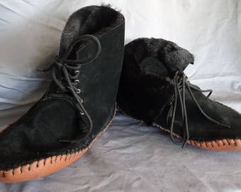 15484c3b02ad0 Items similar to Suede Fringed Moccasin boot for men or women on Etsy