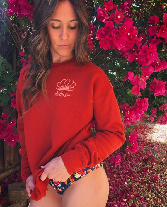 Brick drop sleeve pullover