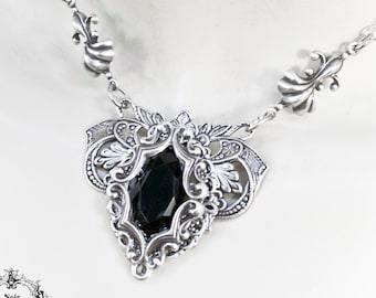 black crystal point necklace boho Necklace with onyx pendant gothic jewelry