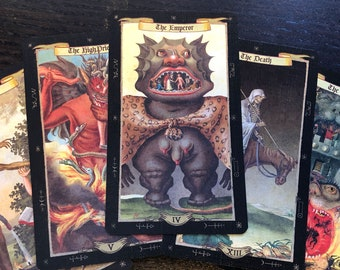 Daemonibus Tarot. A mysterious and fascinating deck from ancient knowledge and magical manuscripts.