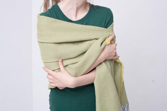 ed499dbae3e foulard gris et jaune pour femme coton et laine Echarpe