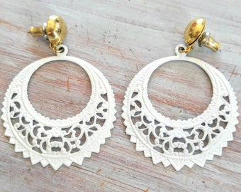 WONDERFUL Shabby Chic White Metal Vintage Dangle Earrings-Lace, Gold, Large, Flower, Round, Rare, Unusual-All Orders Only 99c Shipping!!