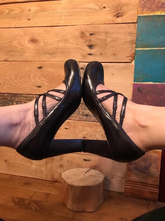 Pumps-shoe-woven-dark mauve-Aldo-round toe-heels-r