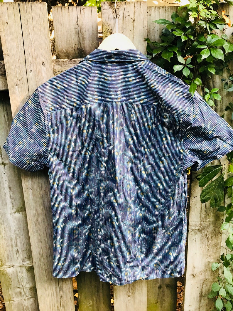 from blue shaded lined Men shirt casual designer Perry Ellies size large
