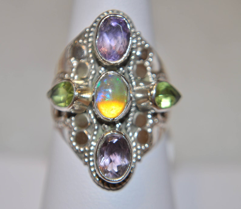 Sterling Silver and Genuine Gemstone Woman/'s Ring with Purple Amethyst Green Peridot and Ethiopian Opal Size 6.5