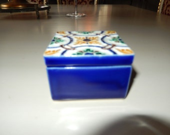 PORTUGAL TRINKET BOX with Lid