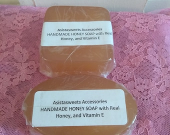 HANDMADE Honey Soap with Vitiamin E.