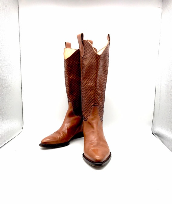 Joan an David couture boots 9m British tan brown 9