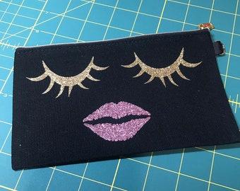 9f0d7f4092d8 Lips bag | Etsy