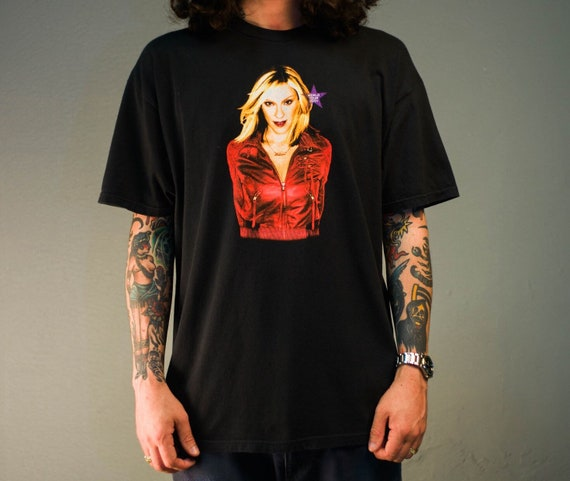 Vintage '01 Madonna Drowned World Tour T-Shirt