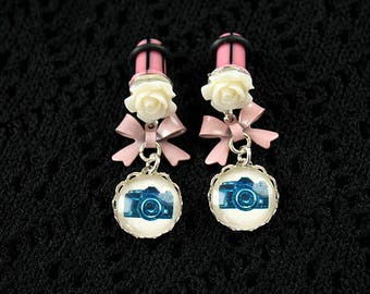 Pretty camera and flower plugs  gauges 6mm 2G stretched ears dangles