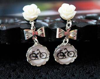 Pretty bicycle  and flower plugs  gauges 3mm 8G stretched ears dangles